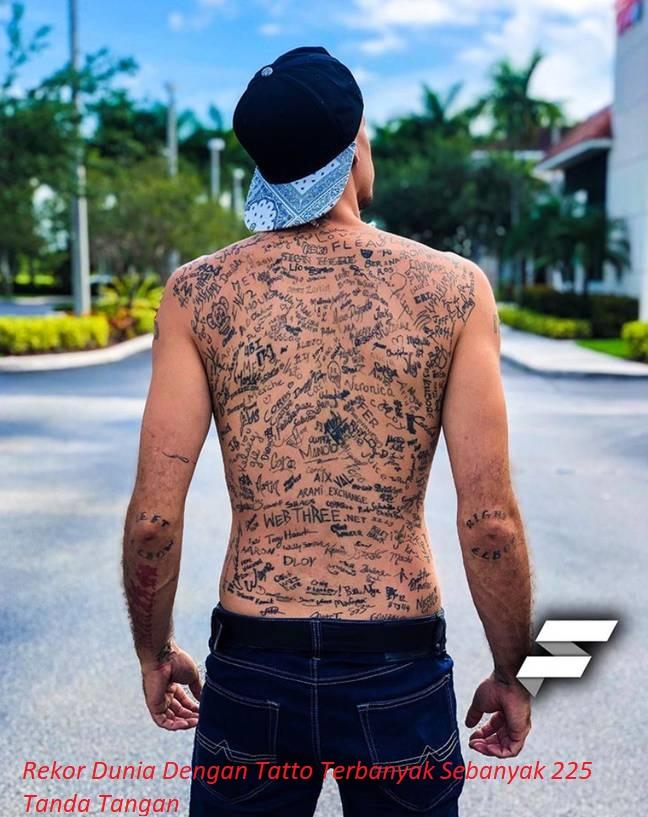 Rekor Dunia Dengan Tatto Terbanyak Sebanyak 225 Tanda Tangan